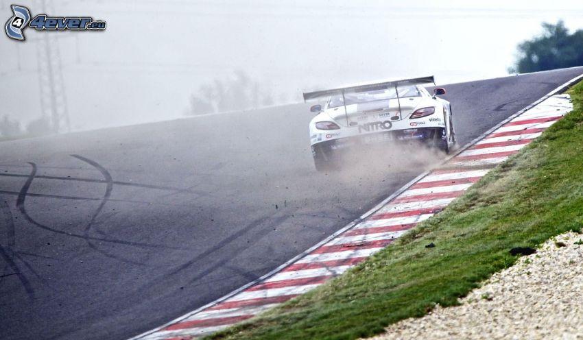 coche de carreras, carreras en circuito, humo