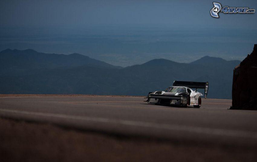coche de carreras, colina