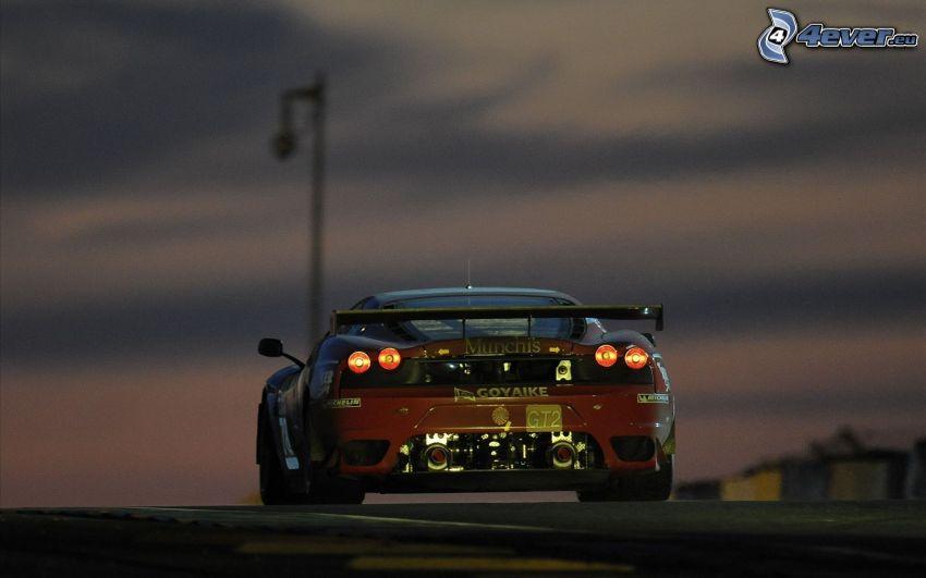 Ferrari, coche de carreras