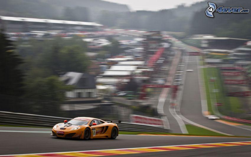 McLaren MP4-12C, coche de carreras, acelerar, carreras en circuito