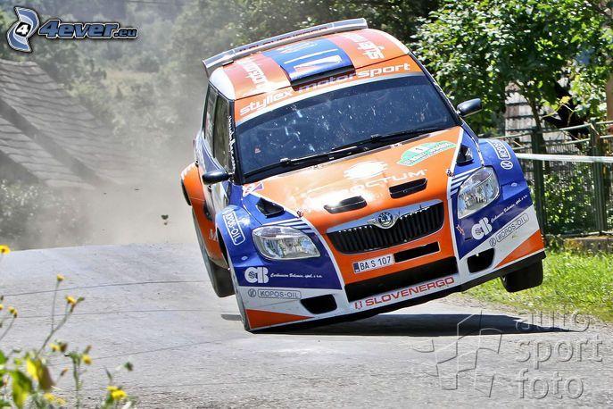 Škoda Fabia, carreras, salto