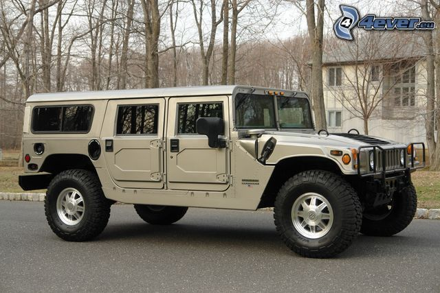 Hummer H1, coche