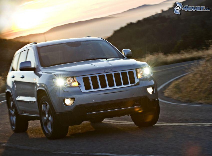 Jeep Grand Cherokee, acelerar, curva, luces