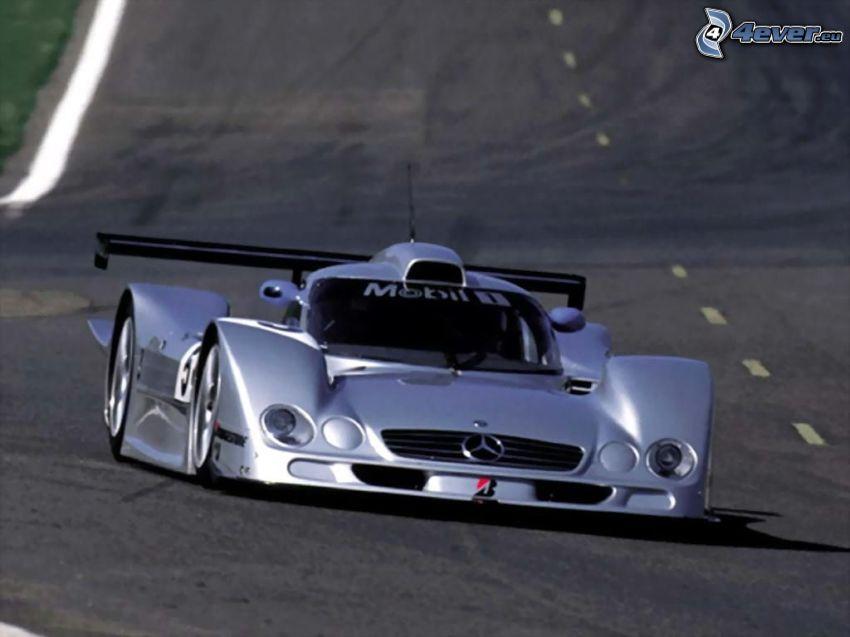 Mercedes-Benz CLK GTR, fórmula, carreras