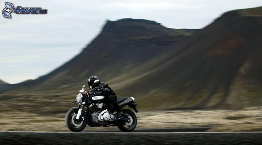 Yamaha, motociclista, acelerar