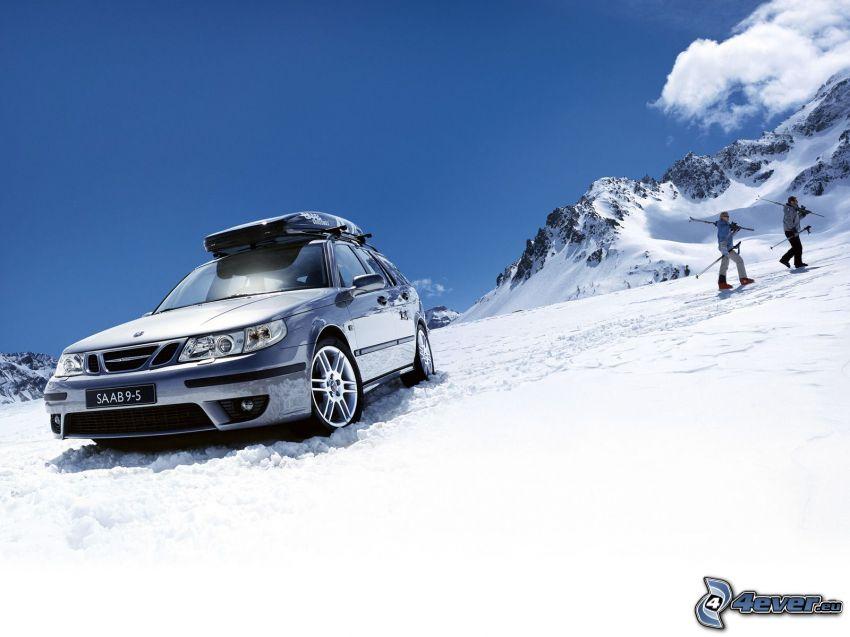 Saab 9 5 Aero, nieve, montañas rocosas, personas, cielo