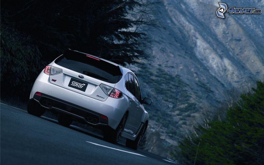 Subaru Impreza, camino, colina