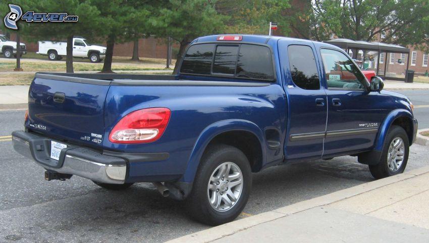 Toyota Tundra, camino, parada
