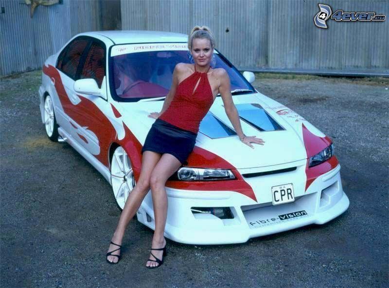 sexy rubia, coche de carreras