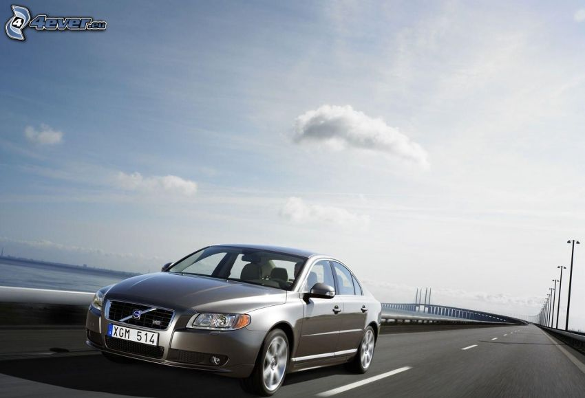 Volvo S80, camino
