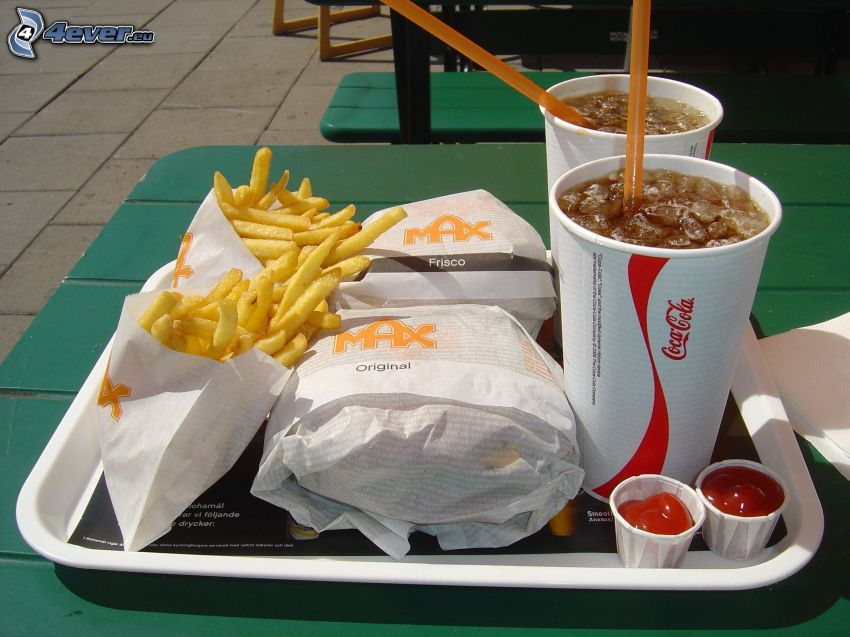 hamburguesa con patatas fritas, bebida
