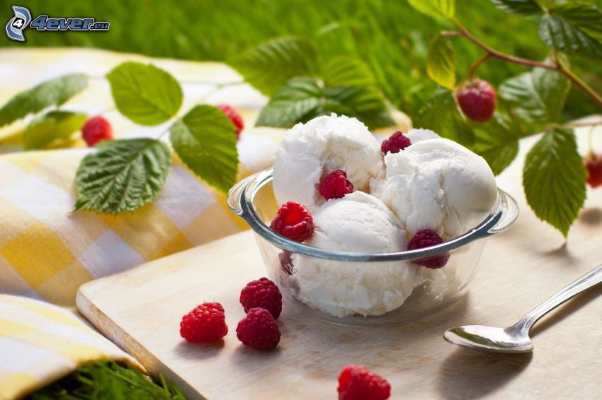 helado, frambuesas