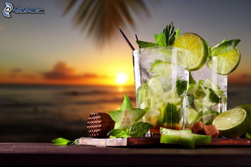 mojito, bebidas mezcladas, limero, hojas de menta, puesta de sol en el mar