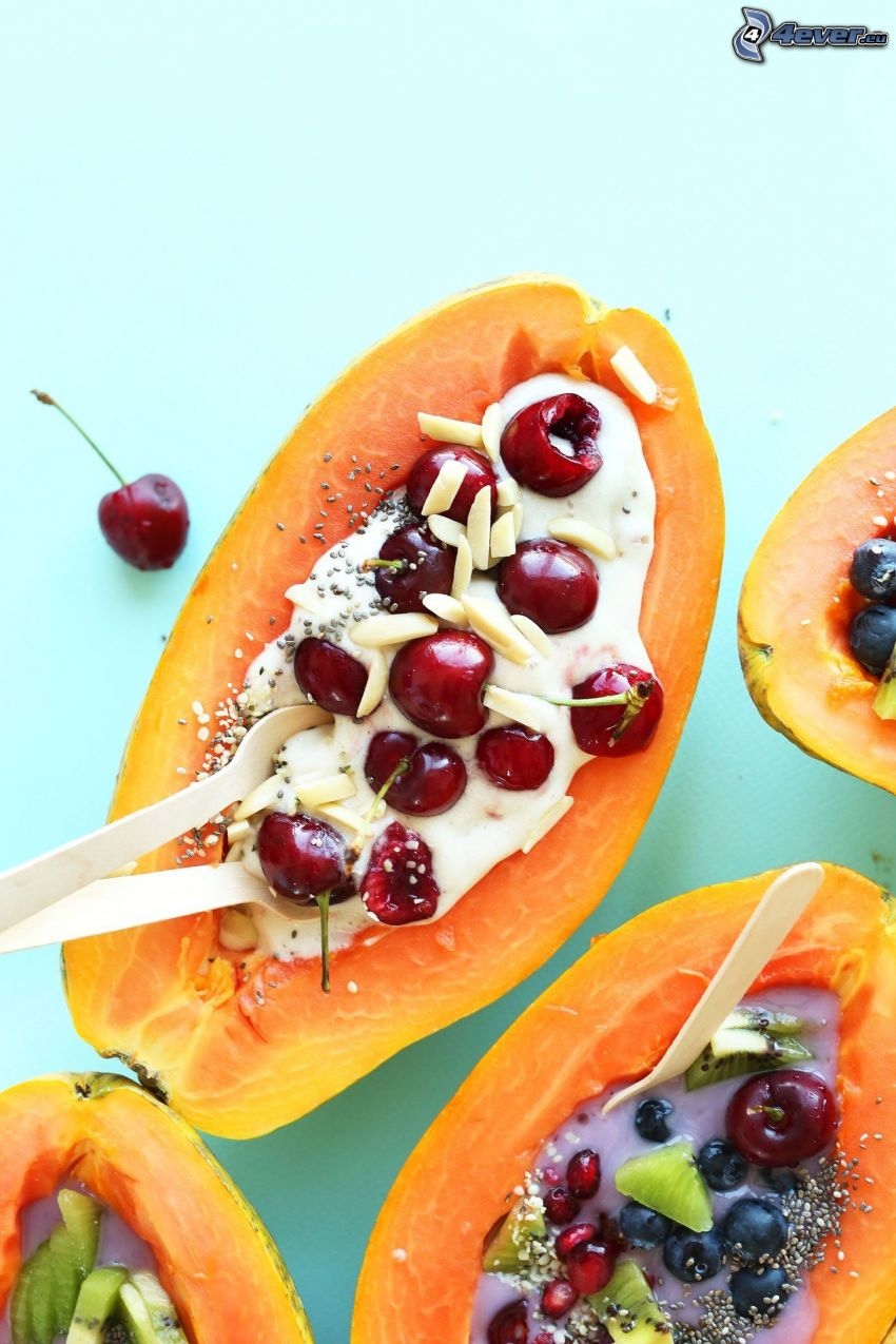 papaya, cerezas, kiwi, arándanos, granada, yogur