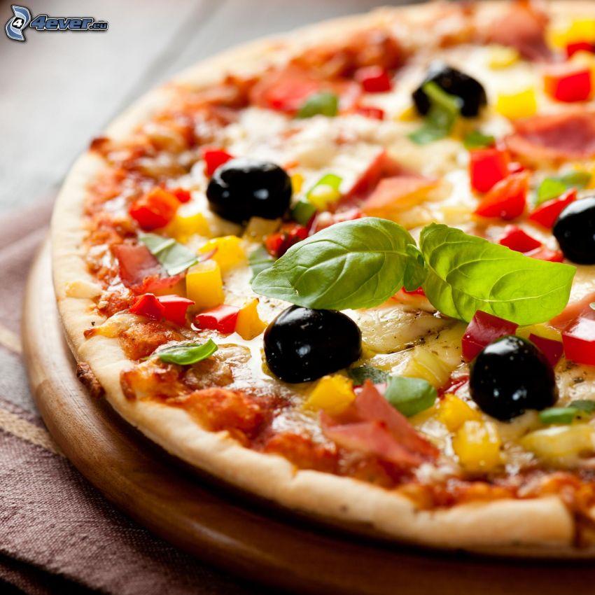 pizza, aceitunas, albahaca