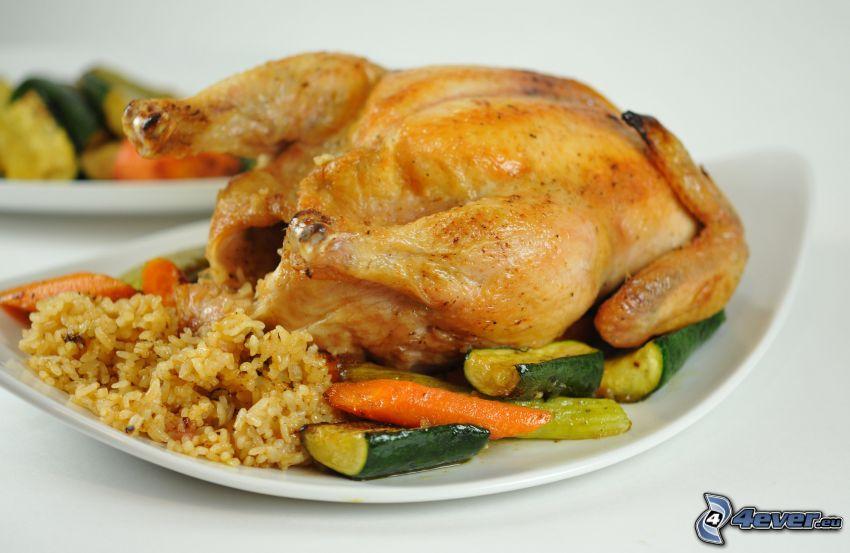 pollo asado, arroz, pepinos