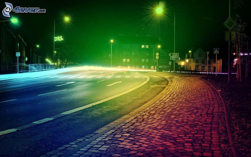 camino, ciudad de noche, colores