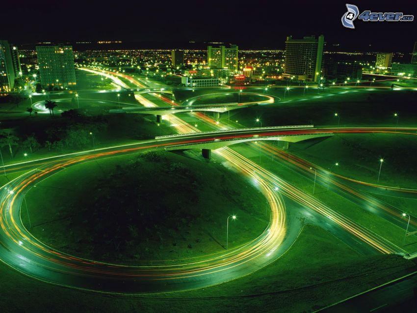 carretera de noche, cruce, ciudad de noche