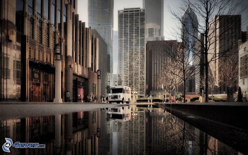 Chicago, calle, rascacielos, charco