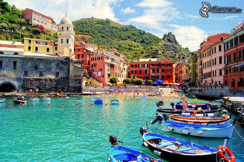 Cinque Terre, barcos, casas