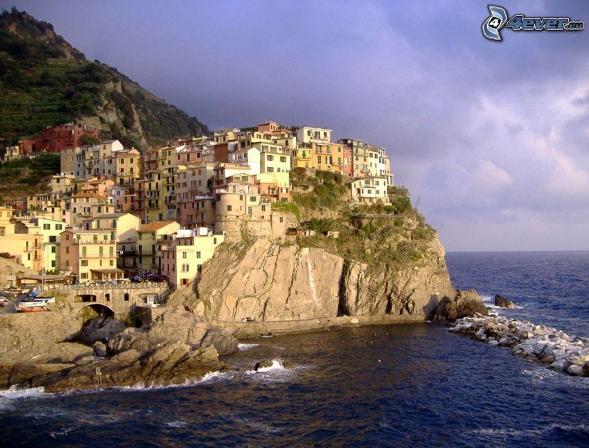 Cinque Terre, ciudad costera, mar, arrecife