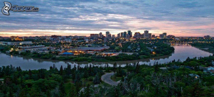 Edmonton, rascacielos, río