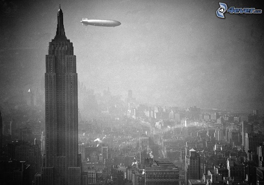 Empire State Building, globo dirigible, foto vieja