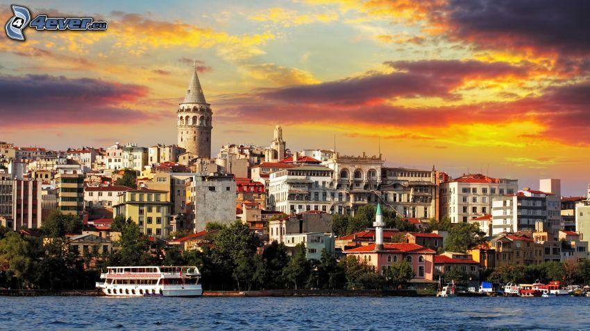 Estambul, Turquía, puesta del sol