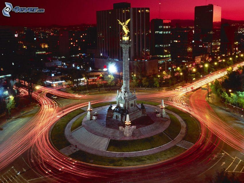 estatua, ciudad de noche, rotonda por la noche