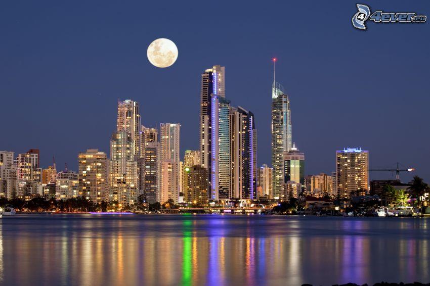 Gold Coast, rascacielos, Luna, atardecer