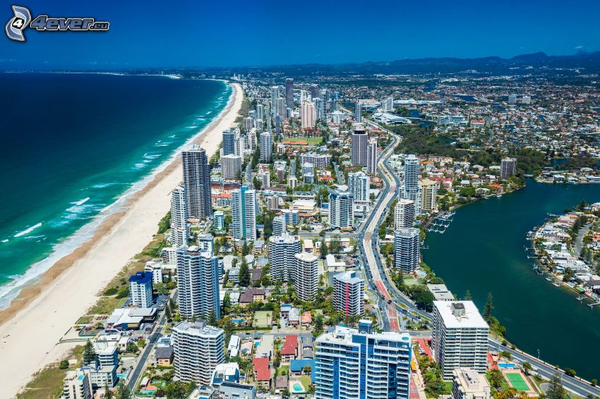 Gold Coast, rascacielos, mar