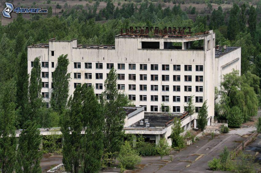 hotel, antiguo edificio, árboles, Prípiat