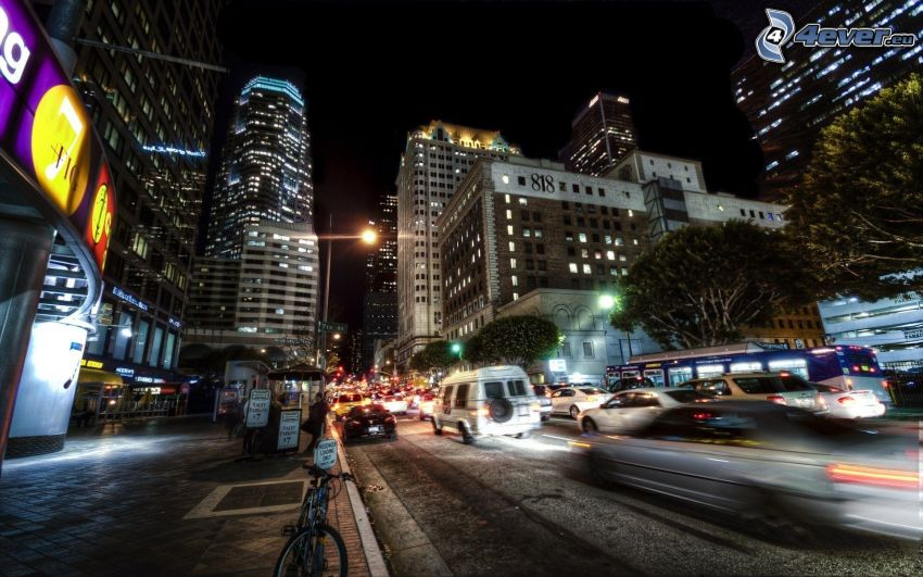 Los Angeles, ciudad de noche, calle