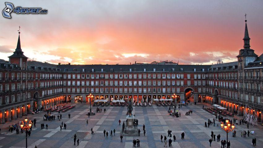 Madrid, plaza, atardecer