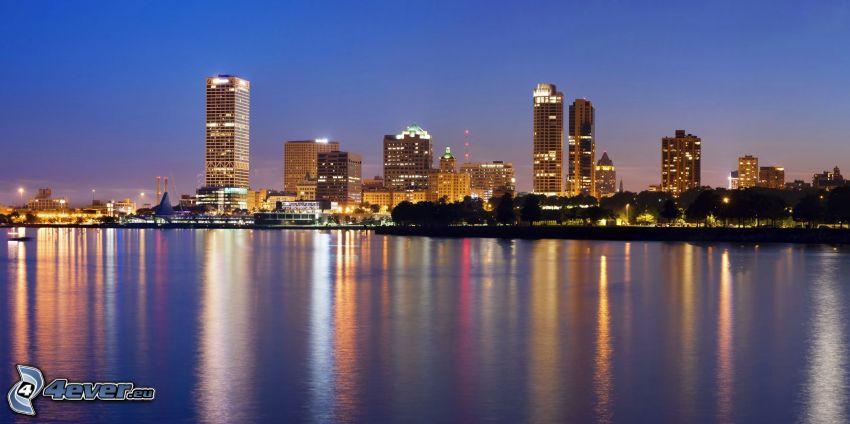 Milwaukee, mar, rascacielos, Ciudad al atardecer