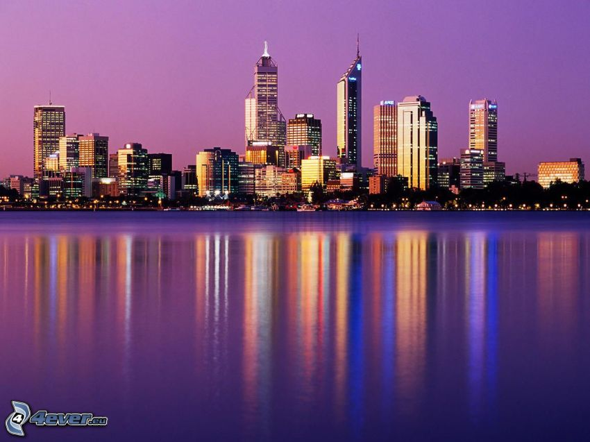Perth, rascacielos, cielo púrpura