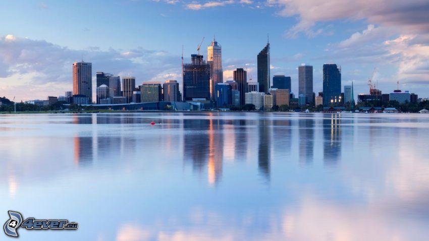 Perth, rascacielos, mar, reflejo