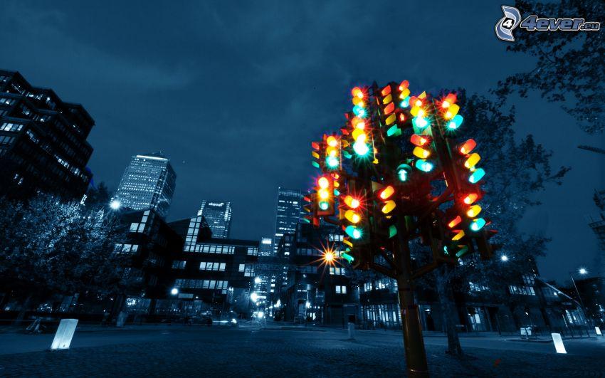 semáforo, ciudad de noche