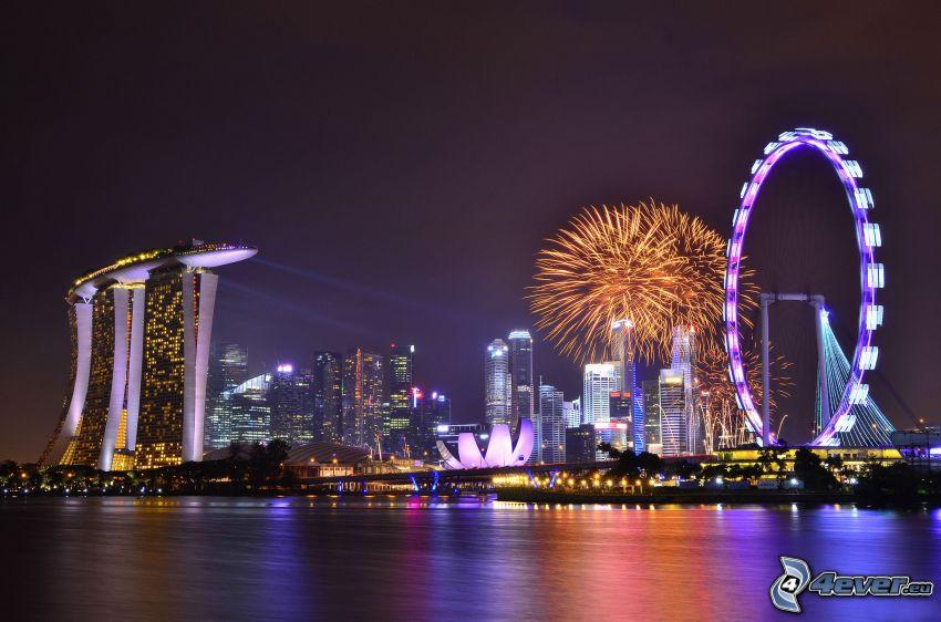 Singapur, ciudad de noche, Marina Bay Sands, rueda de la fortuna
