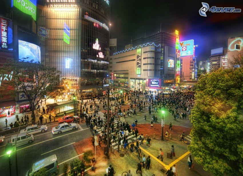 Tokio, ciudad de noche, personas