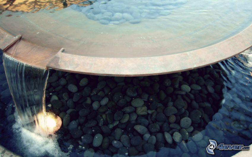 fuente, piedras