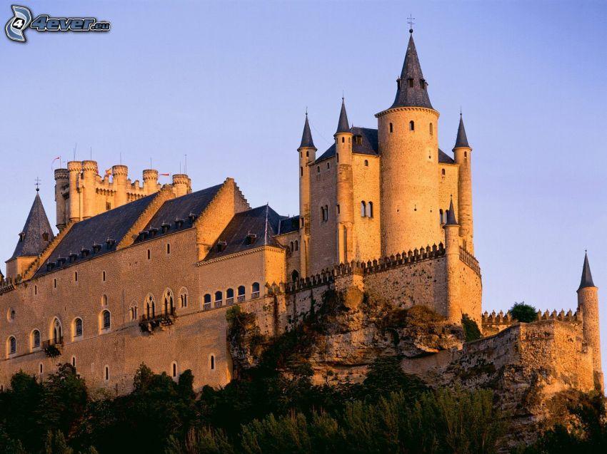 Alcázar of Segovia, castillo