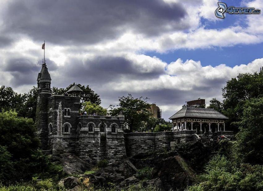 Castillo Belvedere, nubes