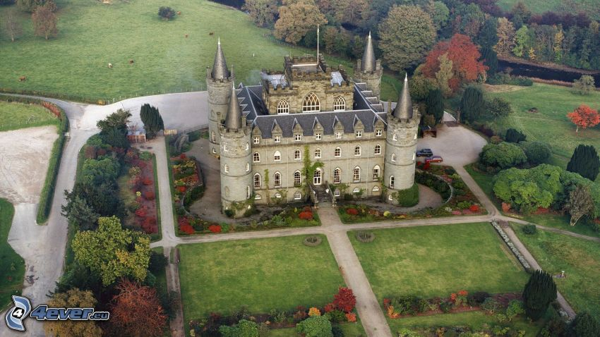 castillo Inveraray, Escocia, vista aérea