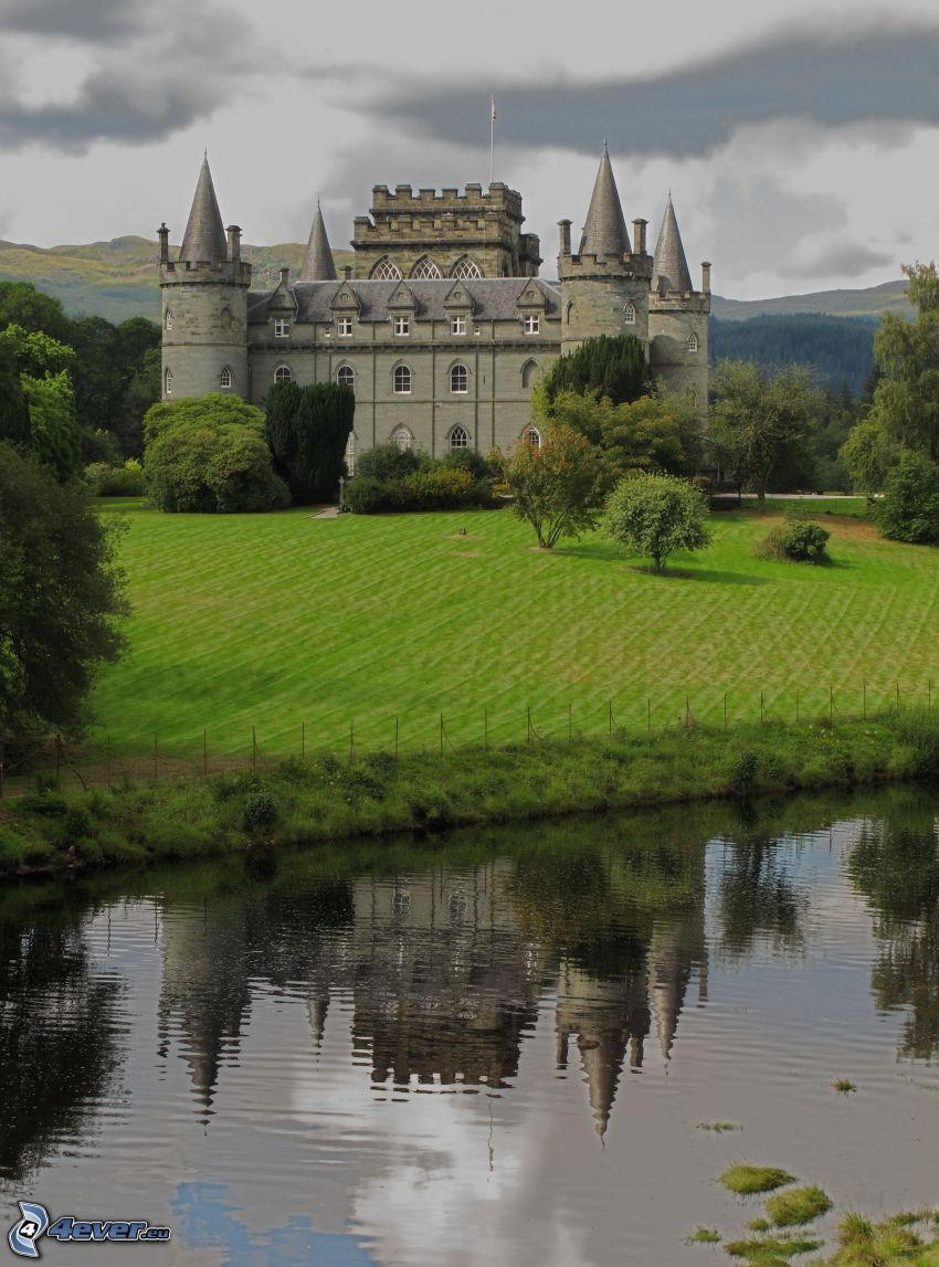 castillo Inveraray, río, parque