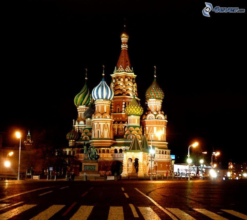 Catedral de San Basilio, ciudad de noche