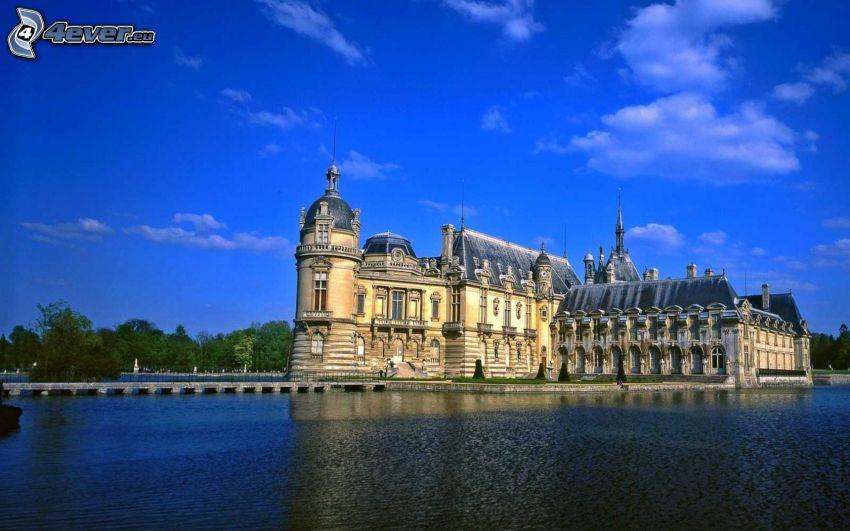 Château de Chantilly, lago