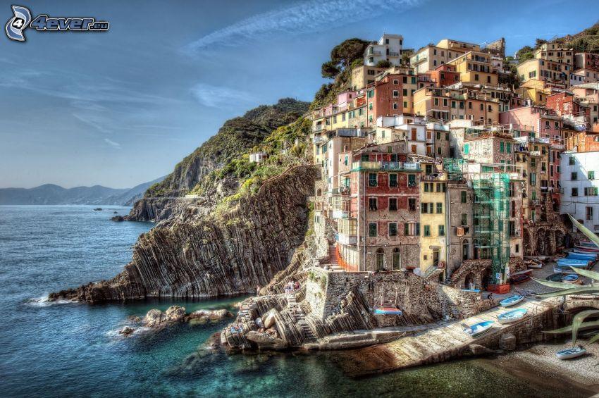Cinque Terre, ciudad costera, mar, barcos, HDR