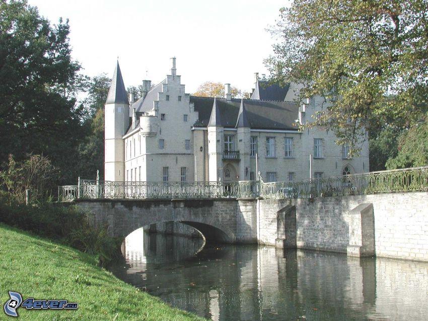 Cortewalle, río, puente de piedra