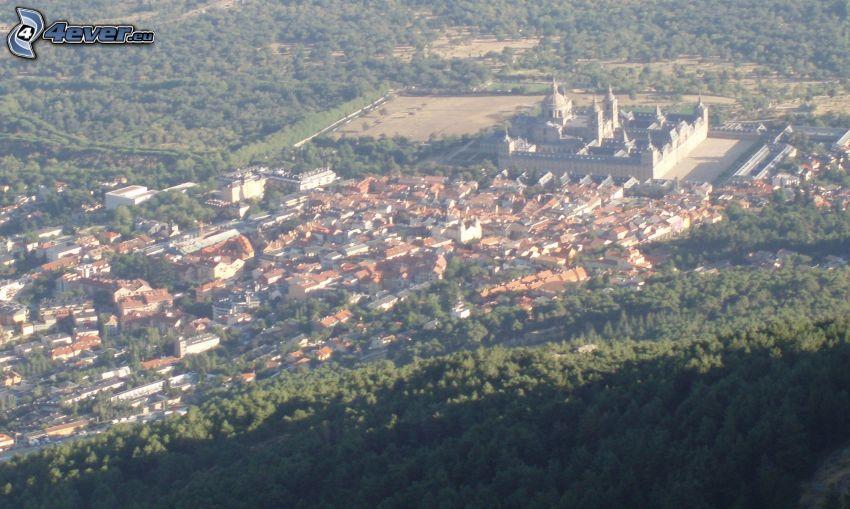 El Escorial, pueblo, bosque